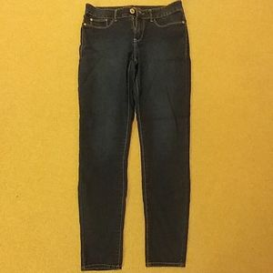 SUPER SKINNY jeans soft and stretchy!
